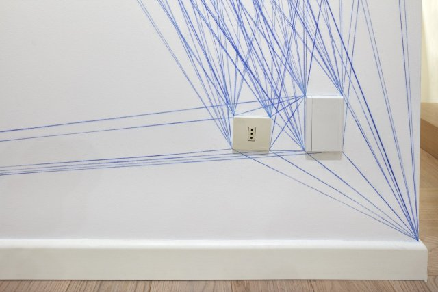 Sol LeWitt, Wall Drawing #51: All architectural points connected by straight lines, 1970. Blue snap lines. First drawn by: Pietro Giacchi, Andrea Giamasso, Giulio Mosca. First installation: Galleria Sperone, Torino, June 1970 