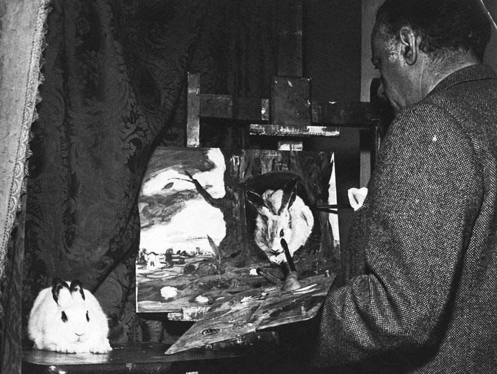 Luigi Zuccheri portraying a rabbit.